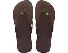 <p>A Havaianas icon, the Brasil features a flag embellishment on a matte strap and a multicolor sole for style. Comfort comes courtesy of our signature textured footbed.</p><ul>  <li>Thong style</li>  <li>Cushioned footbed with textured rice pattern and rubber flip flop sole</li>  <li>Made in Brazil</li></ul>