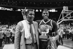 Coach John Thompson and Patrick Ewing Basketball Coach, Basketball Legends, Football And Basketball, College Basketball, Alonzo Mourning, Georgetown Hoyas, Bill Russell, Coach Of The Year, Basketball Pictures
