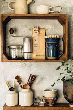 vintage crates used as kitchen wall storage. / sfgirlbybay vintage crates used as kitchen wall storage. Cageots Vintage, Vintage Crates, Home Decor Kitchen, Interior Design Kitchen, Kitchen Furniture, Kitchen Rustic, Furniture Stores, Furniture Online, Furniture Outlet