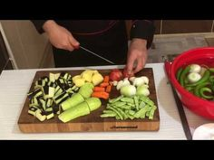 Yedikce zayıflatan tek yemek tığ gibi olursun yağsız sağlıklı mevsimlik sebzeleri yemeği - YouTube Ethnic Recipes, Kitchen, Youtube, Food, Cooking, Kitchens, Essen, Meals, Cuisine