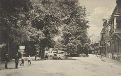 Arnhem (1912) De Velperbuitensingel in 1912. Rechts de hoek met de Spijkerstraat.