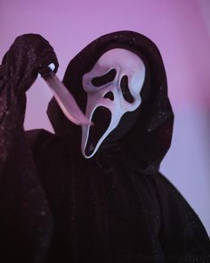Ghostface Scream, Big Scary, Ghost Faces, Horror Icons, Fun World, Halloween Art, Horror Movies, Creepy, Profile