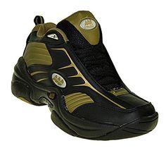 749f4112ad58 Oggi Armadio Sportivo ti consiglia le magnifiche scarpe da Basket  Bootsland. Da uomo nella taglia
