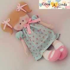 Boneca Em feltro Coisa Linda