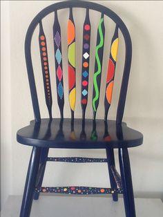 hermosa silla                                                                                                                                                                                 Más