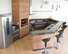 Home Decorating: Kitchen on a Budget Kitchen Decor, Kitchen Design, Barbecue Grill, Small Living, House Plans, Sweet Home, Kitchen Cabinets, New Homes, Backyard