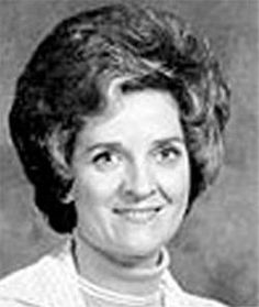 In the Murderess Audrey Marie Frazier from Alabama, was convicted of poisoning her husband and attempting to poison her daughter for insurance money. She was also suspected of poisoning her mother and mother-in-law. Evil World, Evil People, Criminology, Interesting History, Serial Killers, True Crime, True Stories, The Past, Husband
