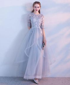 Description Simple lace tulle gray long prom dress, gray tulle lace evening dress Material: lace, tulle Size: US US US US US US 12 US 2 Shoulder to 4 Shoulder to 6 Shoulder to 8 . Hijab Prom Dress, Muslimah Wedding Dress, Muslim Dress, Tulle Dress, Lace Dress, Tulle Lace, Cheap Prom Dresses Online, Cute Prom Dresses, Bridesmaid Dresses