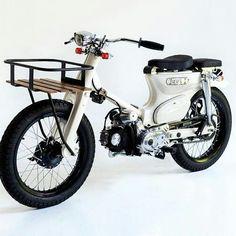 Ideas For Custom Bike Chopper Scooters Honda Cub, Moto Car, Moto Bike, Motorcycle Types, Motorcycle Garage, New Audi Car, Cool Bike Helmets, Motorised Bike, Street Tracker