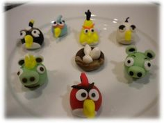 angry bird cupcake toppers!