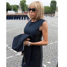 "207 Likes, 8 Comments - Brigitte Macron's style 💄🇫🇷 (@thebrigittestyle) on Instagram: ""First Lady of style 😎✨ #brigittemacron #brigittetrogneux #firstlady #frenchfirstlady #premieredame…"""
