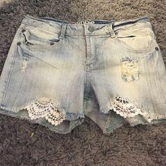 Never worn hippie laundry Jean shorts Never worn hippie laundry jean shorts Hippie laundry Shorts Jean Shorts