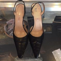Ellen Tracy shoes Excellent used condition Ellen Tracy shoes Ellen Tracy Shoes