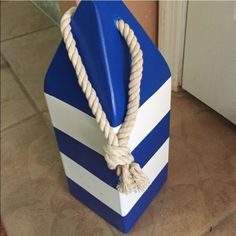 Decorations marine great balloons holder Blue white made of wood I have 5 of them great party theme or center pieces 😉 each $5 great for marine themes homes . Other