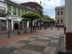 Plazoleta Santo Domingo. Carrera 13 Calle 6 — en Buga.