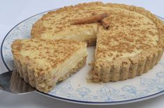 """South African Melktert or """"Milk Tart"""" is a traditional African dessert consisting of pastry crust filled with an sweet custard style filling. Milk Tart is an African twist of the Dutch's egg … Tart Recipes, Sweet Recipes, Dessert Recipes, Cooking Recipes, Cooking Courses, Diabetic Desserts, Cookie Desserts, Diabetic Recipes, Diabetic Puddings"""