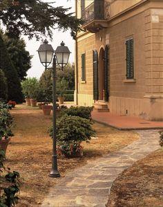 Italienische Standleuchte aus Terme. 51022 auf P6200 Led, Lighting, Lawn And Garden, House