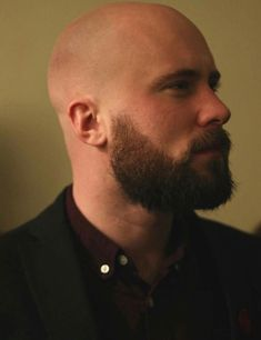 Well here are some Irresistible Bald Men with Beard. These are some Beard Styles with Shaved Head that you can try. Bald Men With Beards, Bald With Beard, Great Beards, Scruffy Men, Hairy Men, Bearded Men, Shaved Head With Beard, Bald Men Style, Style Men