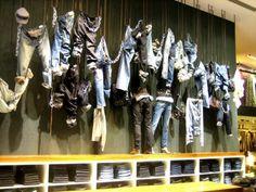 Apparel Merchandising Displays | commerce visual display merchandising means maximizing merchandise ...