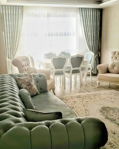 Carpet suitable for green sofa set Home decoration The hall decoration in the area is more important. Your home is the most common venue where you ent. Luxury Living Room, Green Dining Room, Luxury Living Room Design, Dining Room Design, Peaceful Decor, Living Room Decor Apartment, Wall Decor Living Room, Country Living Room, Home Decor Furniture