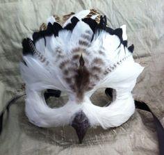 Schwarz Ring Schnee-Eule / venezianische von MaskedEnchantment