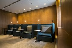 Studio Ilse and London-based Viaduct, e15 has developed the seating for Cathay Pacific's passenger lounges at Taiwan Taoyuan International Airport. The newly renovated Taipei lounge is the first of eight international lounges to feature the new SHIRAZ Solo Chair based on e15's modular sofa SHIRAZ. Each custom-made unit features privacy partitions on either side and is equipped with a USB-plug as well as country-specific outlet, reading lamp (by Örsjö) and coat hook.