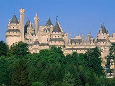 Chateau de Gacé, Basse Normandie