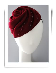STAGE Something to look like jam? Use a starwberry on top? THE beading is nice. Crimson rose swirl shape felt pillbox hat.