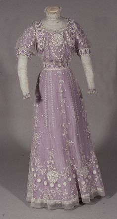 Dress by W Perry, 1911 United Kingdom, the Bowes Museum