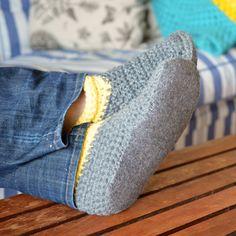 Crochet Boot Slippers - Pops de Milk