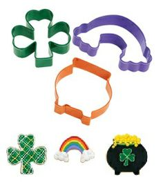 Shamrock, Rainbow, and Pot of Gold St. Patrick's Day Cookie Cutter 3 Piece Set by Wilton Cookie Cutter Set, St Patrick's Day Cookies, Cut Out Cookies, Sugar Cookies, Baking Supplies, Baking Tools, Baking Ideas, St Patricks Day Cakes, Cookies