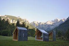 Alpine Shelter Skuta,Construction Process. Image Courtesy of OFIS Architects
