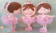 Ballerina made of felt Felt Diy, Felt Crafts, Diy And Crafts, Crafts For Kids, Ballerina Art, Ballerina Birthday, Dance Crafts, Beginner Knitting Patterns, Yarn Thread