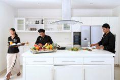 Villa Asante Bali- 24hr butlers and professional chef! http://prestigebalivillas.com/bali_villas/villa_asante/7/