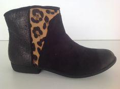 #botín #print #negro #chichas #moda #fashion #leopardo #piel #ante #chic #tacón A partir de 25€ GASTOS DE ENVÍO GRATIS!!!! http://calzadostacon.es/coleccion?botin_plano/tf-141_n