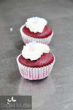 kırmızı kadife kek cupcake