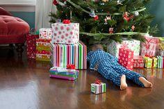 Frugal Christmas, 1st Christmas, Christmas Morning, Christmas Meme, Victorian Christmas, Christmas Decor, Holiday Gift Guide, Holiday Gifts, Christmas Drawings For Kids