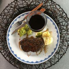 Pihvi-illallinen