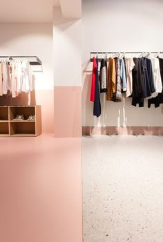 Colours and materials are used to mark the different zones of this revamped Antwerp fashion boutique