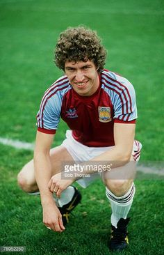 British Football, Retro Football, Football Kits, Football Players, Leyton Orient Fc, West Ham Fans, Stock Pictures, Stock Photos, Just A Game