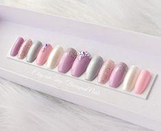 baroquennails.etsy.com #nails #nailgoals #falsenails #manicure #mattenails #nailsofinstagram #shopping #longnails #candynails #glueonnails #viral #fakenails #nailsoftheday #chromenails #stilettonails #pressons #coffinnails #etsy #makeup #naillife