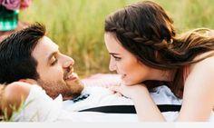 """7 dấu hiệu bạn đã cưới đúng người   Nhiều người tin rằng sự lãng mạn giúp duy trì ngọn lửa yêu cho các đôi vợ chồng. NhưngToni Coleman nhà trị liệu tâm lý và tư vấn hôn nhân tại Mỹ cho rằng: """"Các mối quan hệ thành công khi chúng ta lựa chọn với cả trái tim và cái đầu. Thực tế chính những điều không lãng mạn lắm lại giúp hai người vượt qua những giai đoạn khó khăn trong cuộc sống hôn nhân"""".  Dưới đây là 7 điều giúp hôn nhân của bạn bền vững dù thiếu hoa và chocolate theo Huffingtonpost…"""