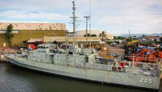 #OldPhotos #BoatInTheHarbour #Townsville #Queensland #Australia #NavyBoat #Y2011 Queensland Australia, Old Photos, Boat, Island, Navy, Instagram Posts, Old Pictures, Hale Navy, Dinghy