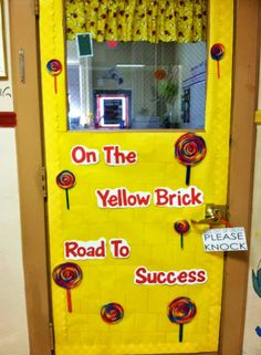 wizard of oz classroom decorations | Email This BlogThis! Share to Twitter Share to Facebook Share to ...