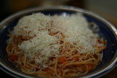 Jeg har vært mye i Italia. Ja, i nesten 5 år faktisk. Ja, jeg er faktisk født i Italia. Det er helt sant. Jeg elsker masse ved Italia. Ikke Silvio Berlusconi, men maten, menneskene og maten. Ingen …