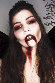 Of course, the same goes for vampire looks on Halloween! Our vampire makeup ideas are the answer. Vampire Makeup Looks To … Vampire Makeup Looks, Scary Vampire, Halloween Vampire, Halloween Makeup Looks, Halloween Party, Sexy Vampire Costume, Vampire Makeup Tutorial, Halloween Costumes Women Scary, Gothic Vampire