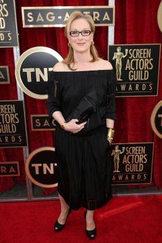 Meryl Streep to Establish College Scholarship Funds