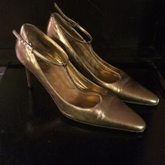 """*COACH* Sz. 8 T-strap metallic leather heels Gold/copper(ish) metallic leather t-strap. Worn with slight marks throughout. Coach motif on sole. About 3"""" heel. Coach Shoes Heels"""