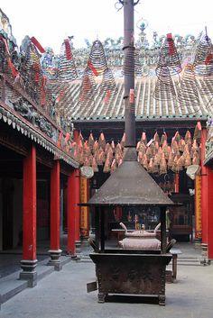 Chua Ba Pagoda, Cholon, Ho Chi Minh City, Vietnam Vietnam Ho Chi Minh, Ho Chi Minh City, Saigon Vietnam, Vietnam War, Vietnam Voyage, Vietnam Travel, Asia Travel, Laos, Buddhist Pagoda
