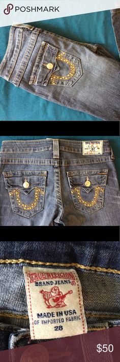 Authentic True Religion Denim Jeans True Religion Jeans in excellent condition only been worn a few times. Gold embellished pockets. Size 28 True Religion Jeans